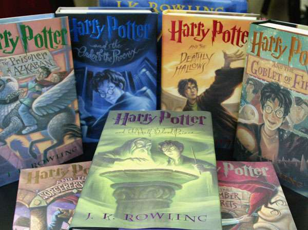 harry potter books collection on store - potterhead quiz img