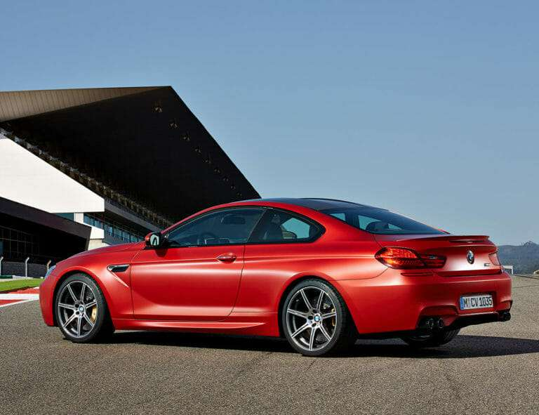 red bmw 6_Series photo