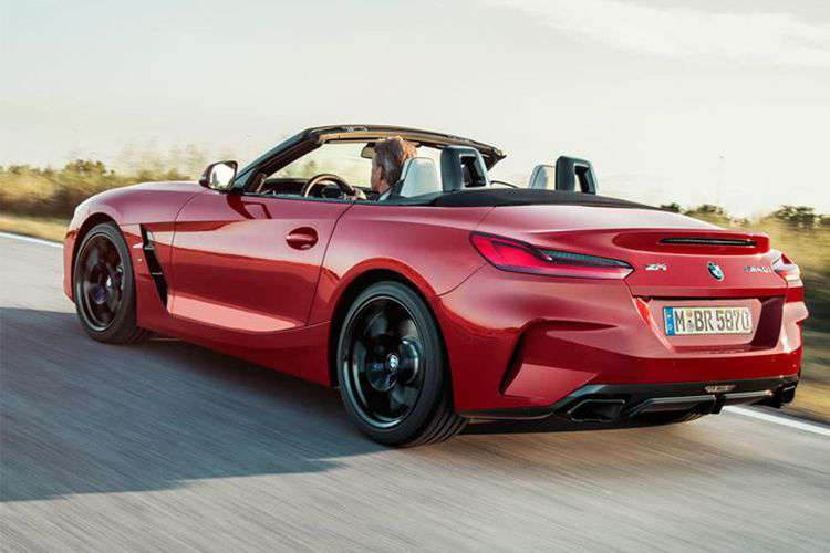 sporty bmw z4 type wallpaper