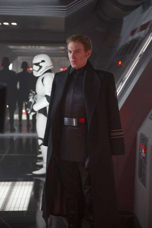 general hux the rise of skywalker img