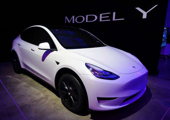 Tesla-Model-Y-White-CleanTechnica img